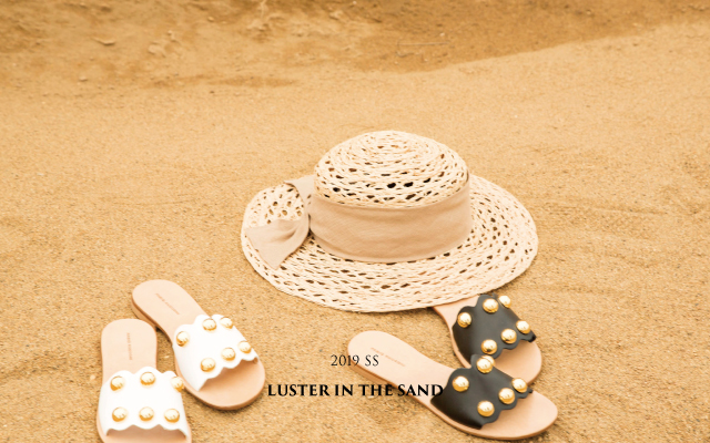 Luster in the sand
